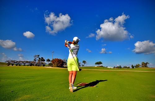 golf swing tips. A golf swing is